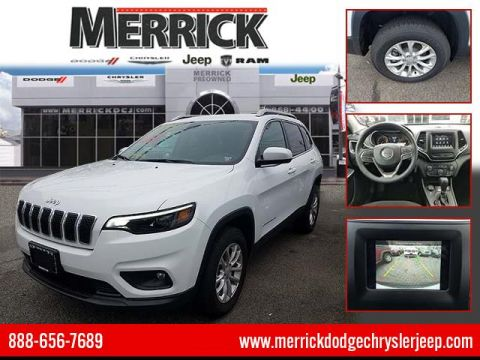 Pre-Owned 2019 Jeep Cherokee Latitude 4x4 Four Wheel Drive Sport Utility